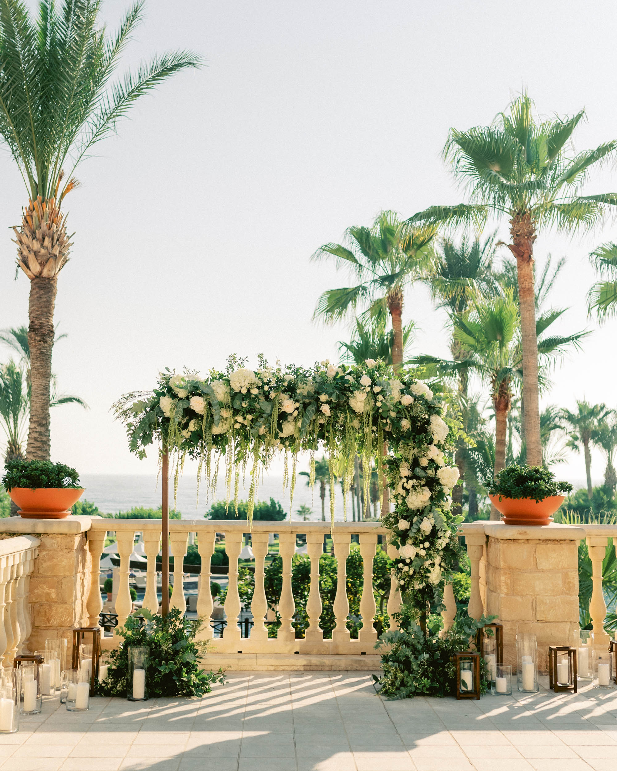 Julia-Sam-green-inspired-wedding-elysium-hotel-paphos-cyprus